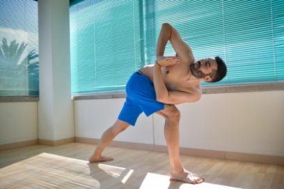 ΔΗΜΗΤΡΗΣ ΠΑΠΑΠΕΤΡΟΥ: Ο Yoga Teacher που θα αλλάξει τη ζωή σου
